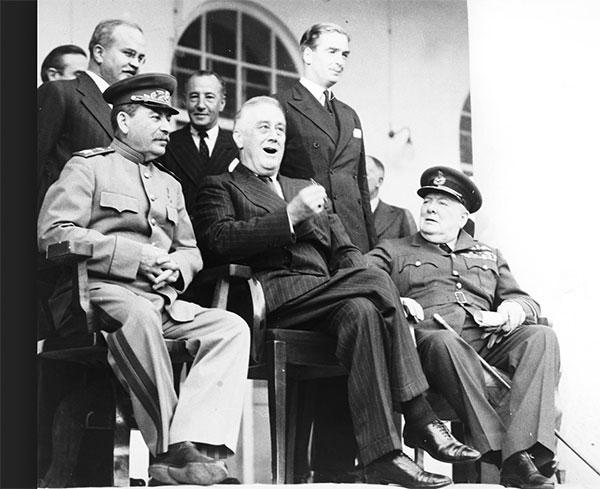 Churchill Kahire İNGİLTERENİN TÜRKİYEYİ SAVAŞA DAHİL ETME ÇABALARI