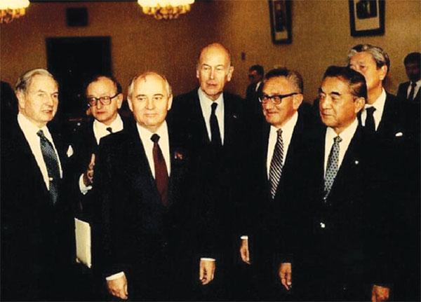 gorbacov trileteral AB VE NATODA İNGİLİZ DERİN DEVLETİ