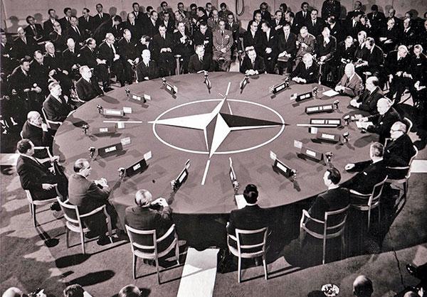 nato masa 1 AB VE NATODA İNGİLİZ DERİN DEVLETİ